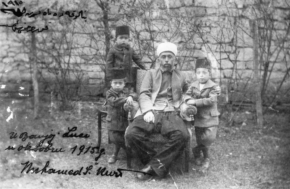 Muhamed Šefket Kurt sa tri sina